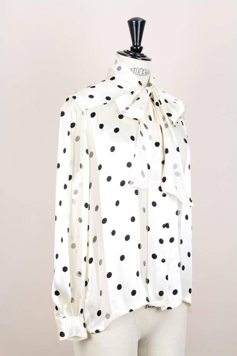 Louis Féraud Cream & Black Polka Dot Silk Bow Tie Vintage Blouse, 1980s In Excellent Condition For Sale In Munich, DE