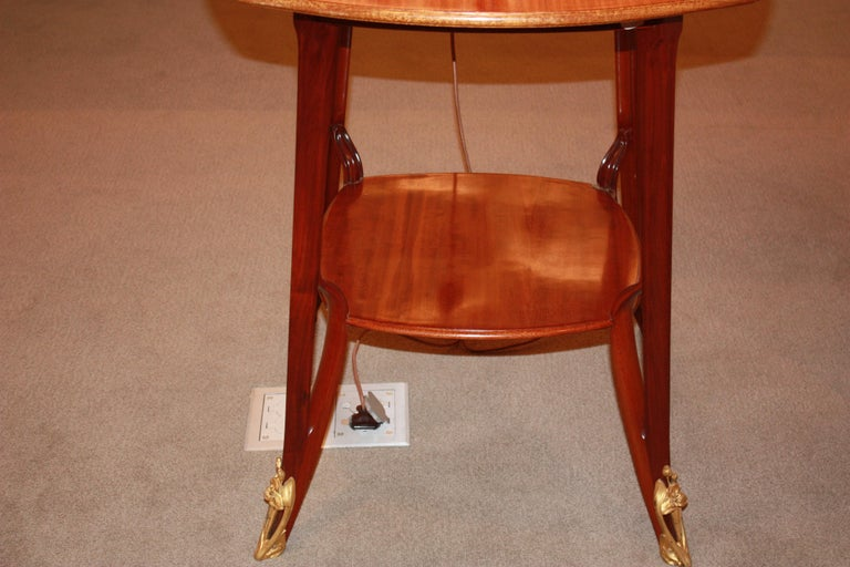 Louis Majorelle French Art Nouveau Table with Detailed Border In Excellent Condition For Sale In New York, NY
