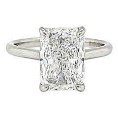 Louis Newman & Co GIA Certified 4.01 Carat Radiant Cut Diamond Solitaire Ring