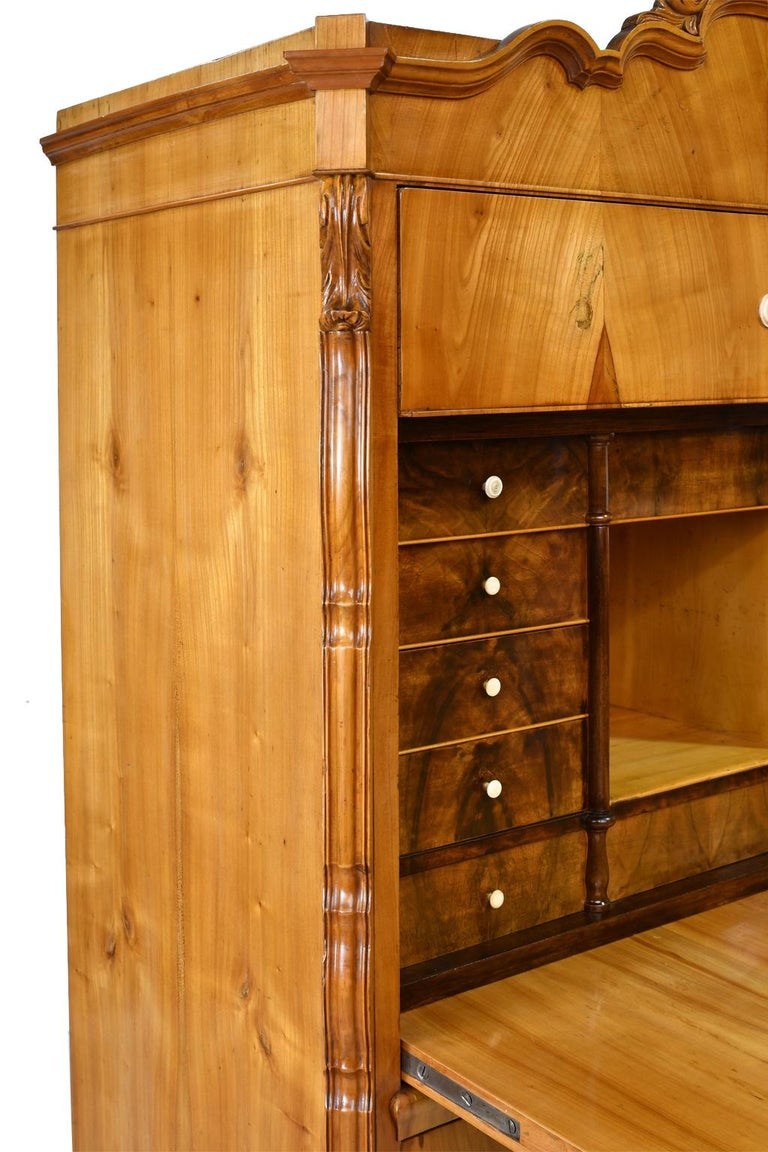 Louis Philippe Fall-Front Secretary in Cherrywood, Germany, circa 1850 For Sale 7