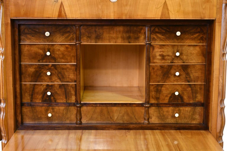 Louis Philippe Fall-Front Secretary in Cherrywood, Germany, circa 1850 For Sale 10