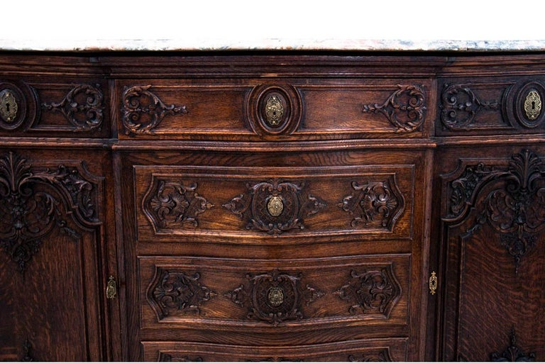 Louis Phillipe Walnut Chest of Drawers, France, circa 1880 For Sale 2