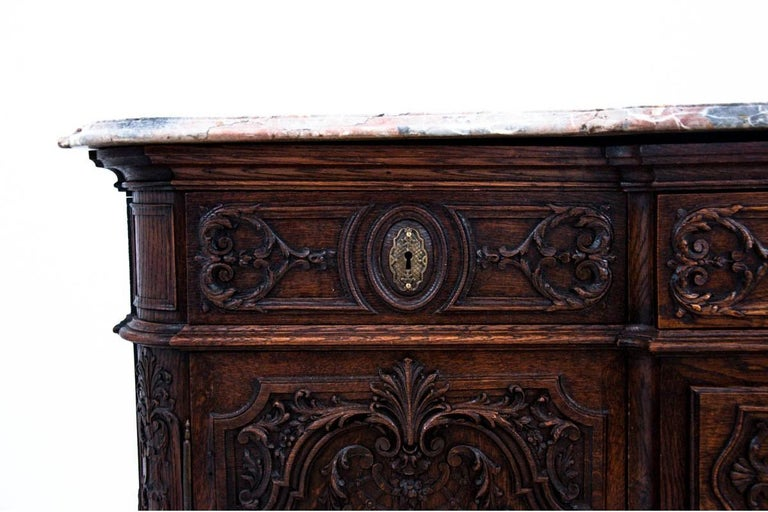 Louis Phillipe Walnut Chest of Drawers, France, circa 1880 For Sale 3
