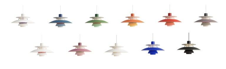 Louis Poulsen, extra large metal pendant light by Poul Henningsen. Measures: Width 500 x Height 267 x Length 500 (mm), 1.8 kg Material: matt lacquered aluminium.Struts: purple, rolled aluminium. Canopy: Yes Cord length: 3 m.