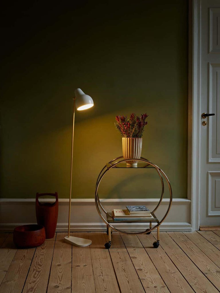 Louis Poulsen, Floor Lamp by Vilhelm Lauritzen In New Condition For Sale In Saint-Ouen, FR