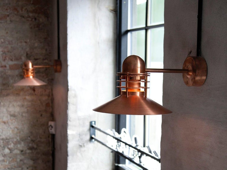 Louis Poulsen, Outdoor Wall Lamp by Alfred Homann & Ole V. Kjær In New Condition For Sale In Saint-Ouen, FR