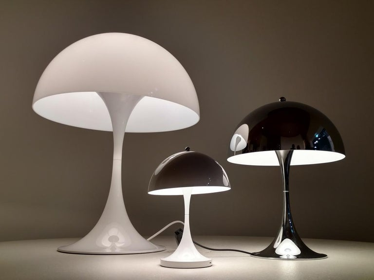 Louis Poulsen, table lamp by Verner Panton
