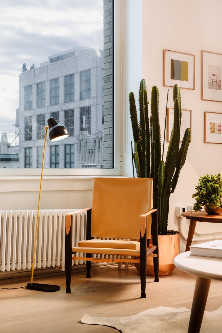 Louis Poulsen VL 38 Floor Lamp by Vilhelm Lauritzen In New Condition For Sale In Weston, FL