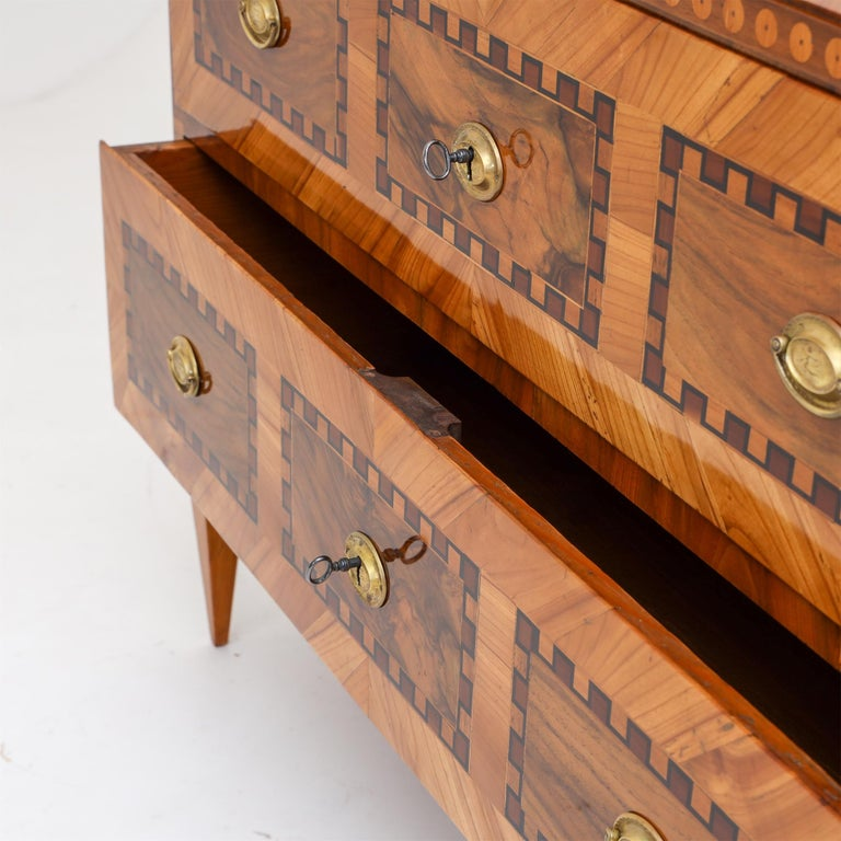 Louis Seize Chest of Drawers, South German, circa 1790 In Good Condition In Greding, DE