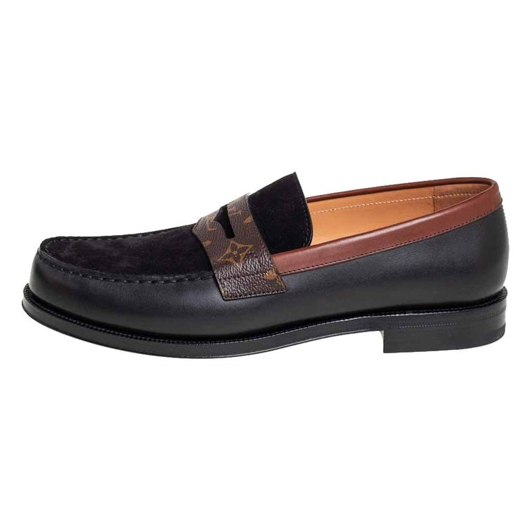 Louis Vuitto Black/Brown Monogram Canvas And Suede Sorbonne Loafers Size 42