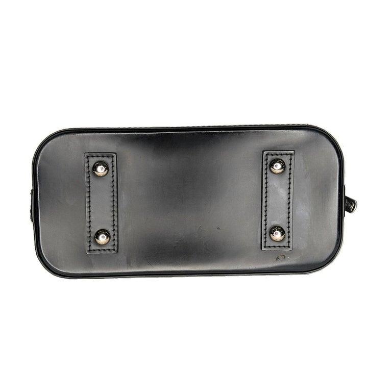 Women's Louis Vuitton 2014 Black EPI Alma BB Satchel For Sale