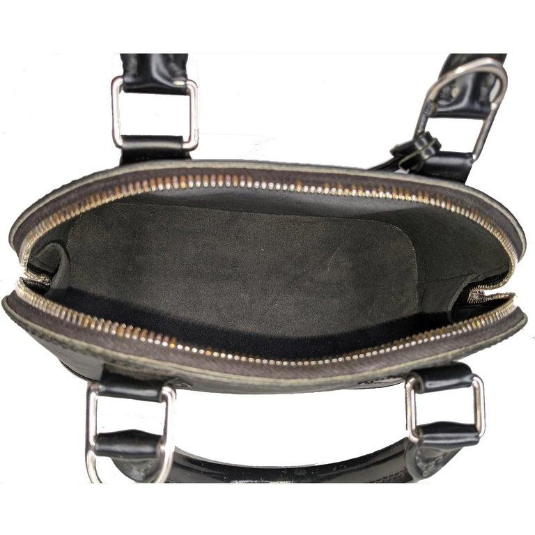 Louis Vuitton 2014 Black EPI Alma BB Satchel For Sale 2