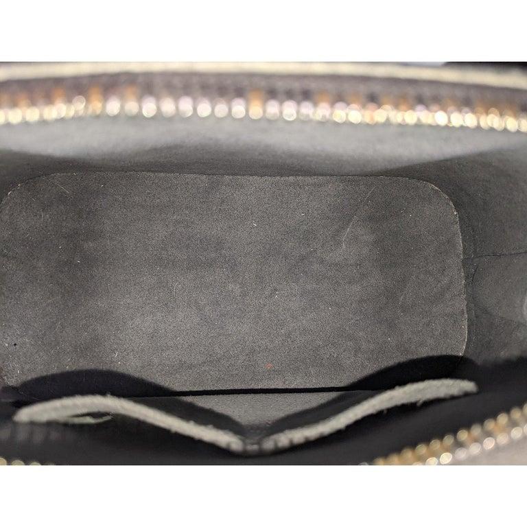 Louis Vuitton 2014 Black EPI Alma BB Satchel For Sale 3