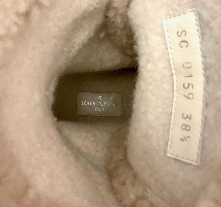 Louis Vuitton 2021 Laureate Platform Desert Boots  For Sale 5