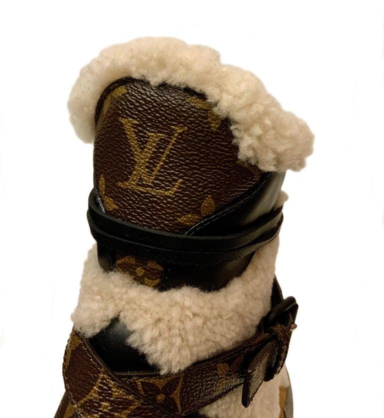Black Louis Vuitton 2021 Laureate Platform Desert Boots  For Sale