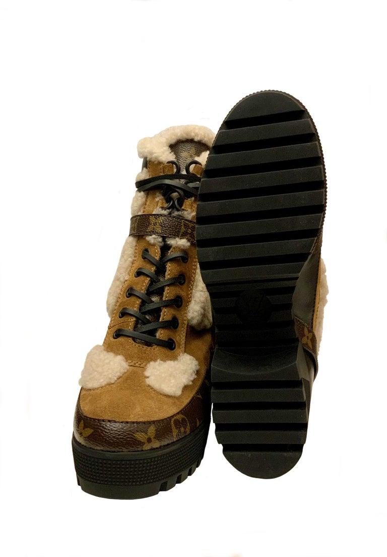 Louis Vuitton 2021 Laureate Platform Desert Boots  For Sale 2