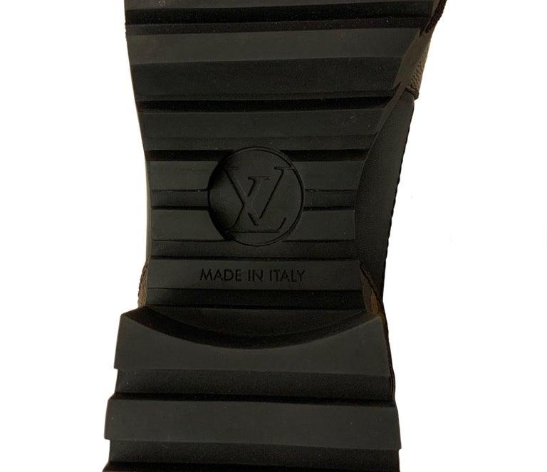 Louis Vuitton 2021 Laureate Platform Desert Boots  For Sale 3