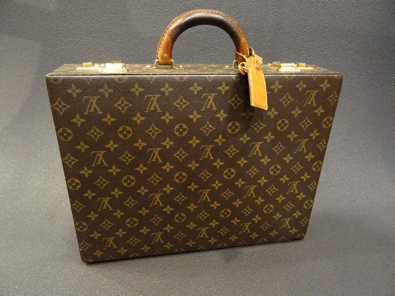 Magnificent briefcase