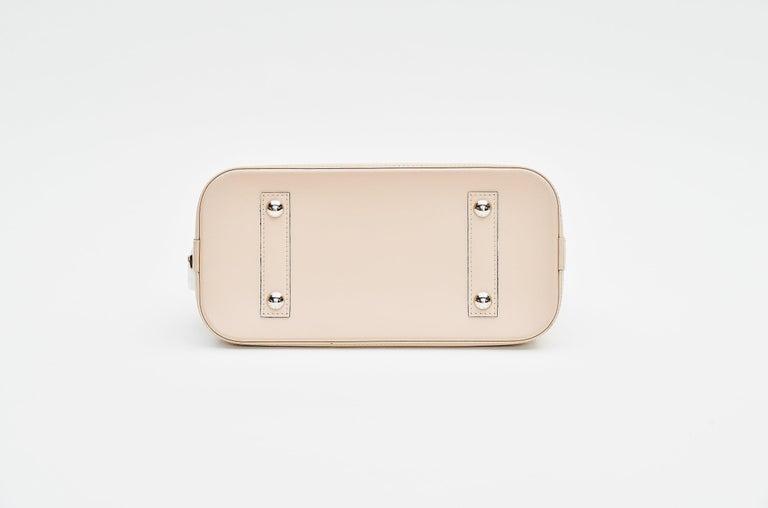 Women's Louis Vuitton Alma Epi Leather Bag For Sale