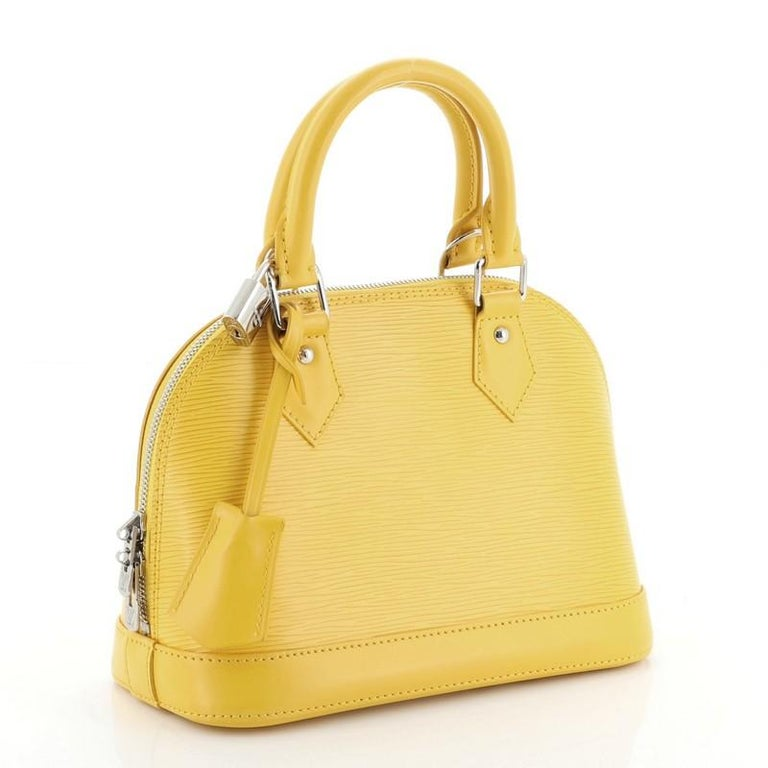 Louis Vuitton Alma Handbag Epi Leather BB In Good Condition For Sale In New York, NY