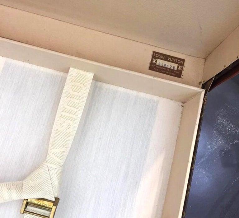 Louis Vuitton Alzer 60 Luggage Bag, monogram canvas  For Sale 1