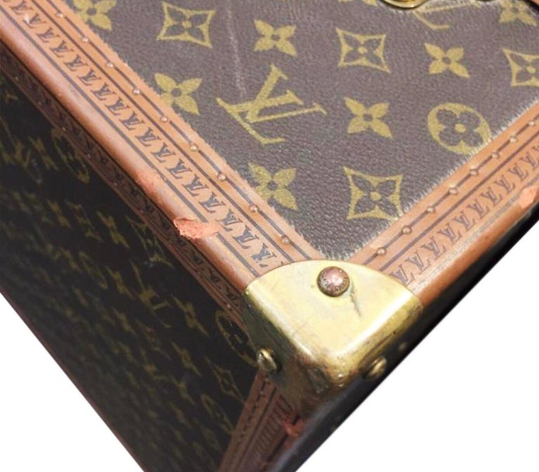Louis Vuitton Alzer 60 Luggage Bag, monogram canvas  For Sale 2