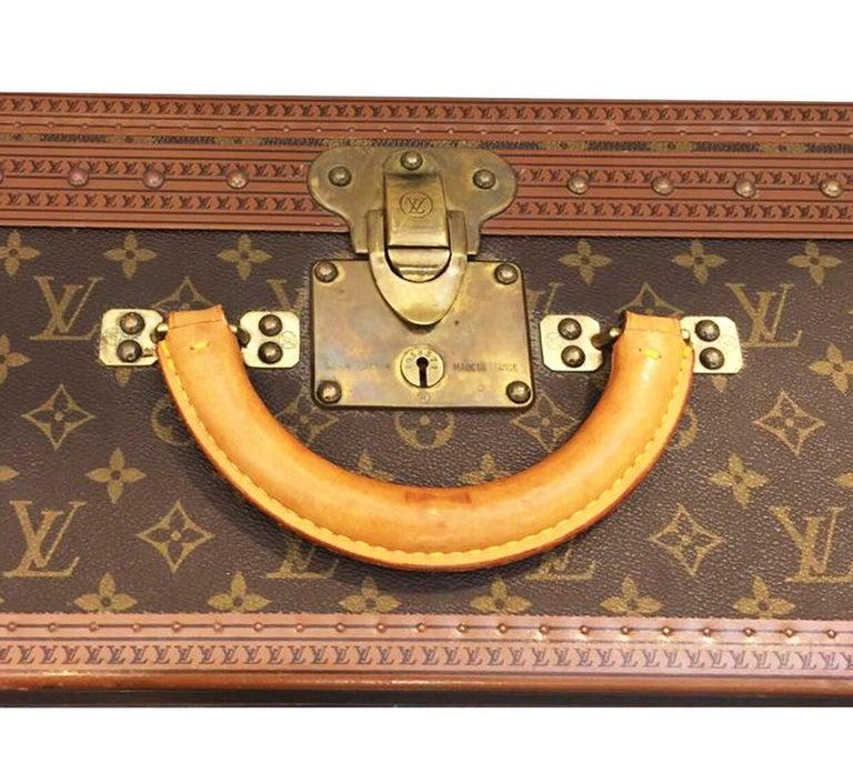 Louis Vuitton Alzer 60 Luggage Bag, monogram canvas  For Sale 3