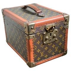 Louis Vuitton Alzer Monogram Travel Train Case