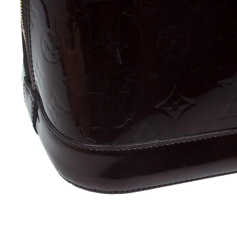 Louis Vuitton Amarante Monogram Vernis Alma GM Bag For Sale 6