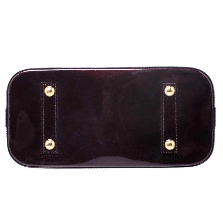 Louis Vuitton Amarante Monogram Vernis Alma PM Bag For Sale 2