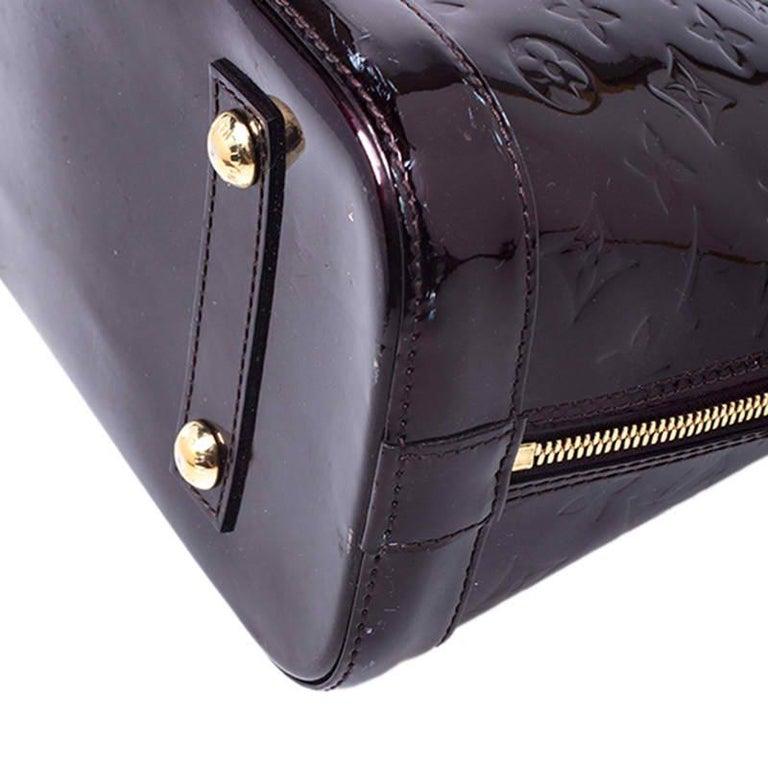 Louis Vuitton Amarante Monogram Vernis Alma PM Bag For Sale 4