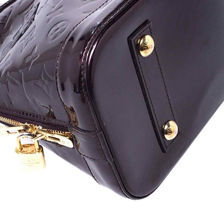 Louis Vuitton Amarante Monogram Vernis Alma PM Bag For Sale 5