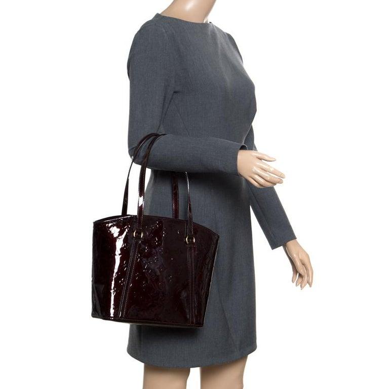 cbd36639aa6f Louis Vuitton Amarante Monogram Vernis Avalon MM Bag For Sale at 1stdibs
