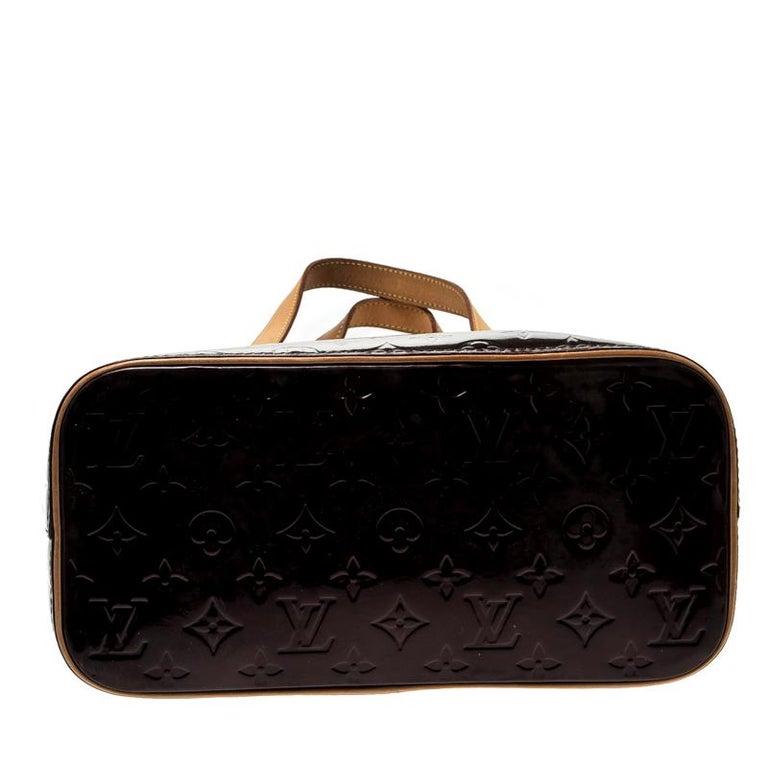 Louis Vuitton Amarante Monogram Vernis Leather Houston Bag For Sale 6