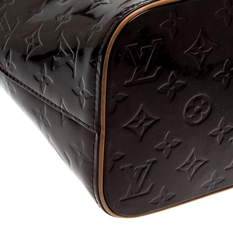 Louis Vuitton Amarante Monogram Vernis Leather Houston Bag For Sale 1