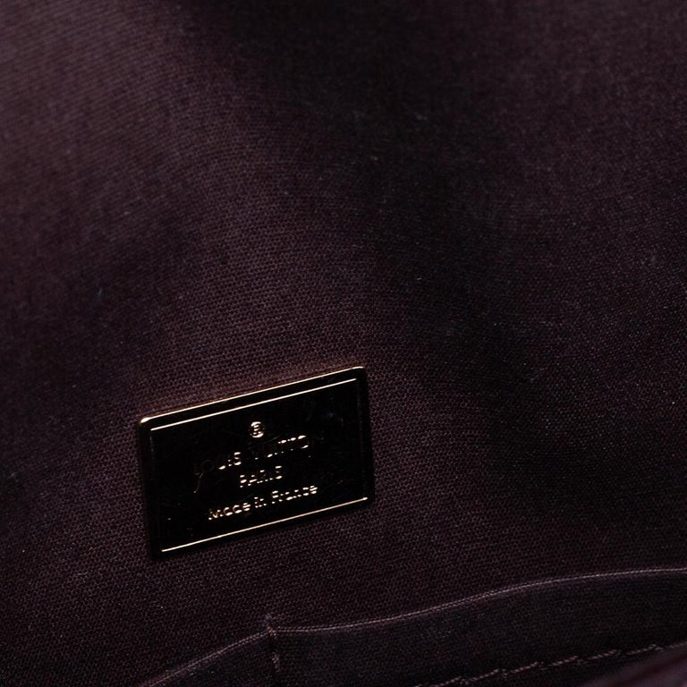 Louis Vuitton Amarante Monogram Vernis Pasadena Bag For Sale 2