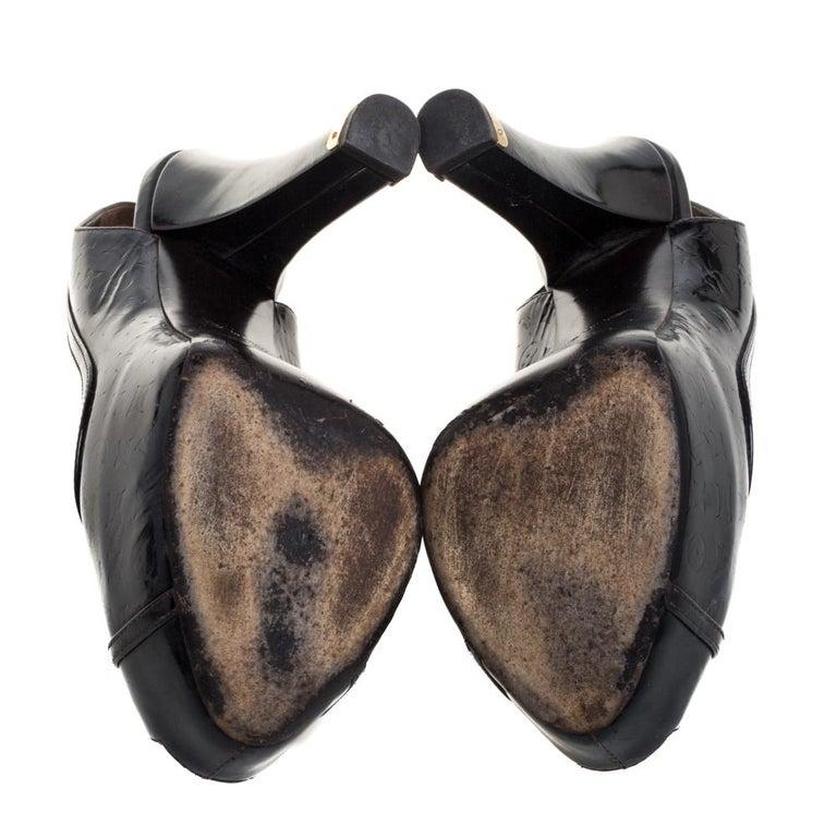 Louis Vuitton Amarante Monogram Vernis Tamara Slingback Sandals Size 37 In Fair Condition For Sale In Dubai, Al Qouz 2