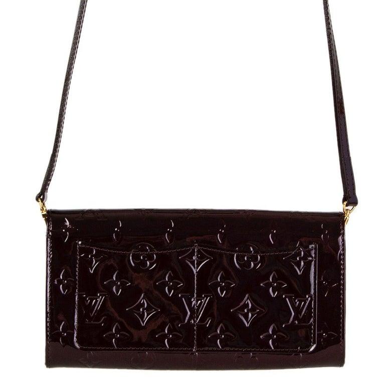 Black LOUIS VUITTON Amarante purple Monogram Vernis ROSSMORE MM Shoulder Bag For Sale