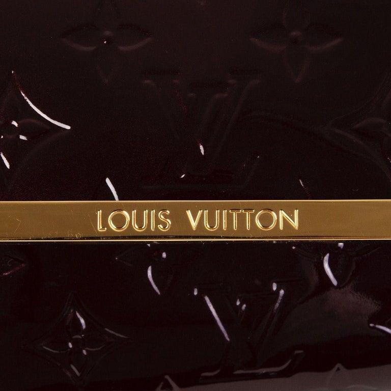 Women's LOUIS VUITTON Amarante purple Monogram Vernis ROSSMORE MM Shoulder Bag For Sale