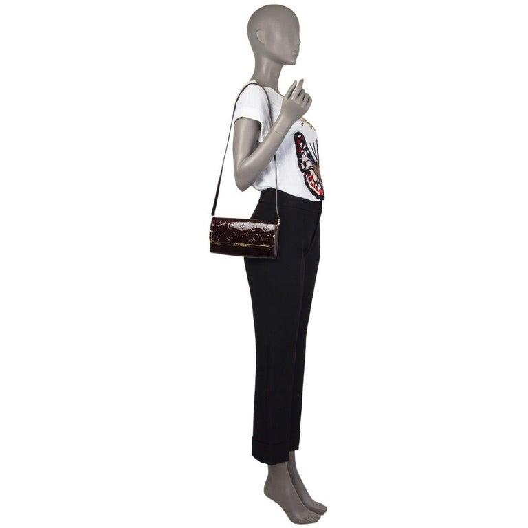 LOUIS VUITTON Amarante purple Monogram Vernis ROSSMORE MM Shoulder Bag For Sale 2