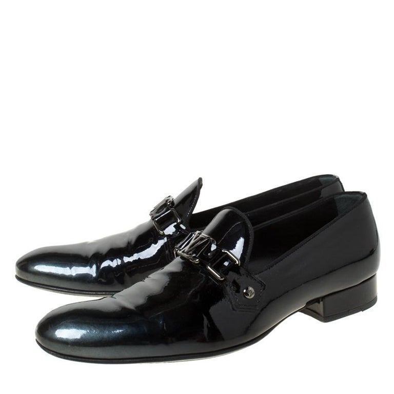 Louis Vuitton Anthracite Patent Leather Glass Dome Loafers Size 42.5 For Sale 2