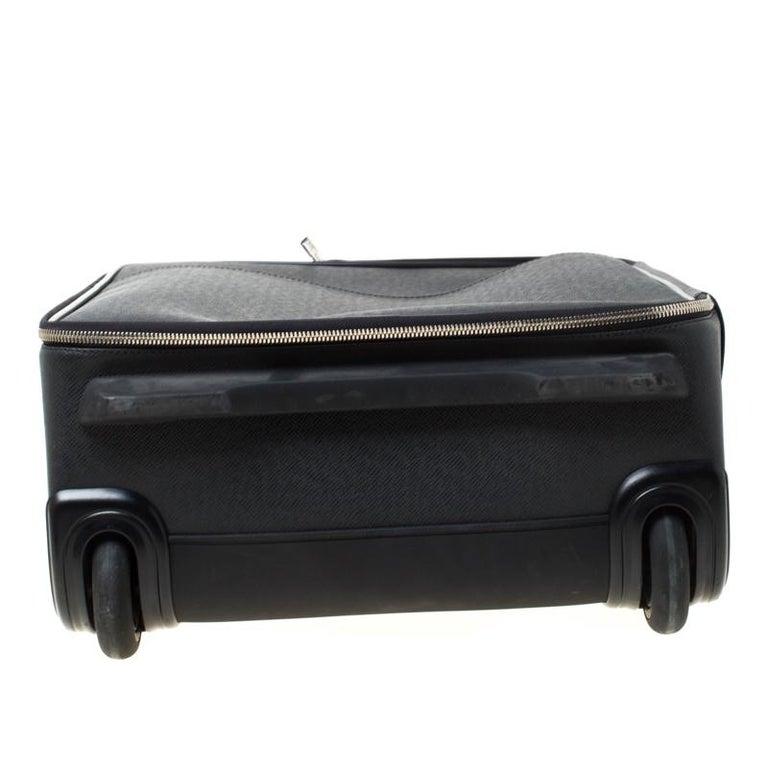 Men's Louis Vuitton Ardoise Taiga Leather Pegase 45 Business Luggage For Sale