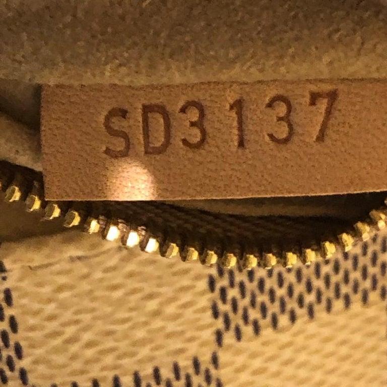 Louis Vuitton Artsy Handbag Damier MM For Sale 3