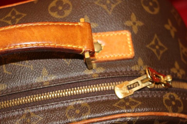 Louis Vuitton Backpack Monogramm Bag,Louis Vuitton Cross Body Bag, Louis Vuitton In Excellent Condition For Sale In Saint-ouen, FR