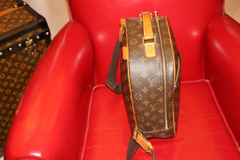 Women's or Men's Louis Vuitton Backpack Monogramm Bag,Louis Vuitton Cross Body Bag, Louis Vuitton For Sale