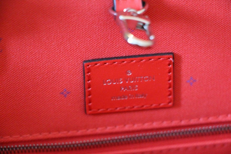 Women's Louis Vuitton Bag Escale on the Go, Brand New 2020 Limited Edition For Sale