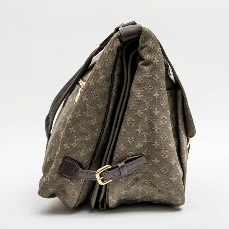 Beige LOUIS VUITTON Bag in Khaki Green Monogram Canvas and Leather For Sale