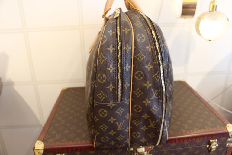 Louis Vuitton Bag in Monogram, 2 compartments For Sale 1