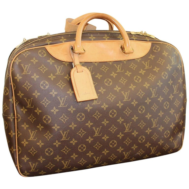 Louis Vuitton Bag in Monogram, 2 compartments For Sale