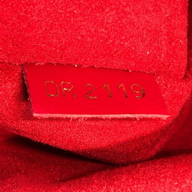 Louis Vuitton Beaubourg Handbag Damier MM For Sale 3